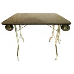 Trimovací stůl s kolečky